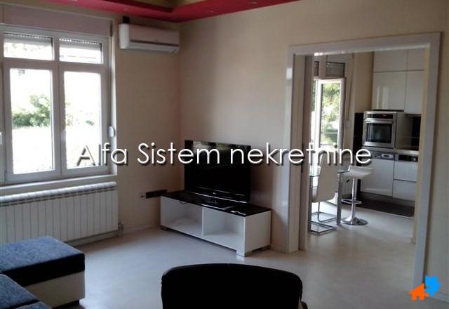 Stan Trosoban Senjak 550 EUR