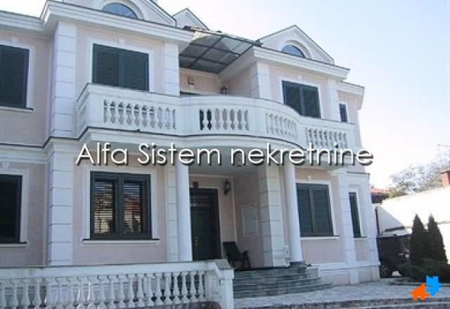 Kuća Dedinje 4500 EUR