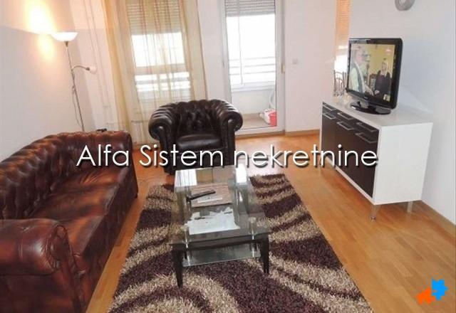 Stan Dvosoban Novi Beograd Belvil 450 EUR