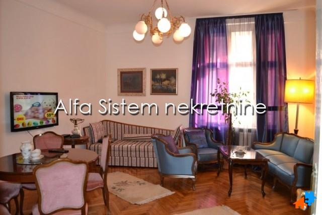Stan Troiposoban Centar Stari grad 750 EUR