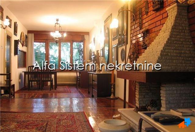 Kuća Zvezdara 900 EUR