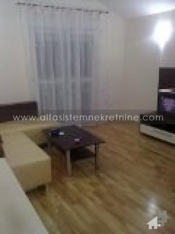 Stan , Beograd (grad) | Stan,Jednoiposoban,Vukov Spomenik,300 EUR