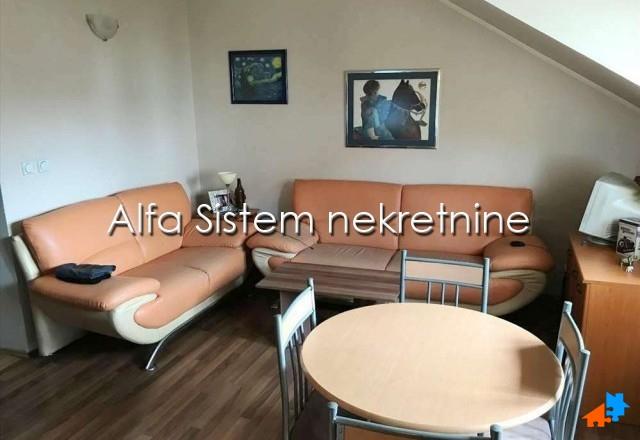 Stan Dvoiposoban Zemun 240 EUR