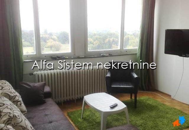 Stan Jednoiposoban Novi Beograd Sava Centar 300 EUR