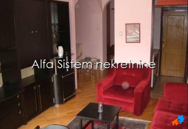 Stan Dvoiposoban Đeram pijaca 350 EUR