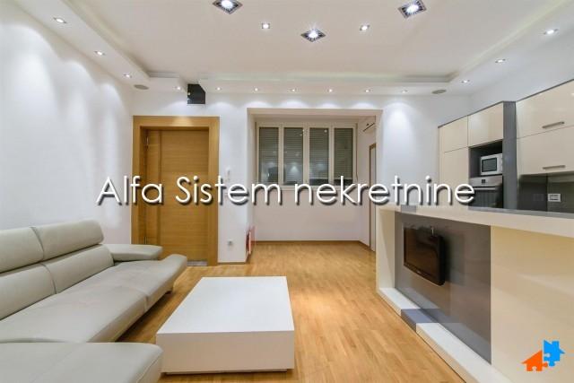 Stan , Beograd (grad) , Izdavanje | Stan Dvosoban Đeram Pijaca 600 Eur