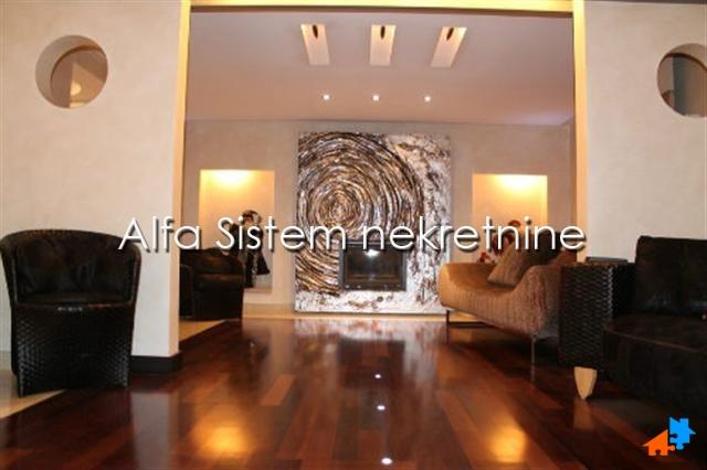 Kuća Bežanijska Kosa 3000 EUR