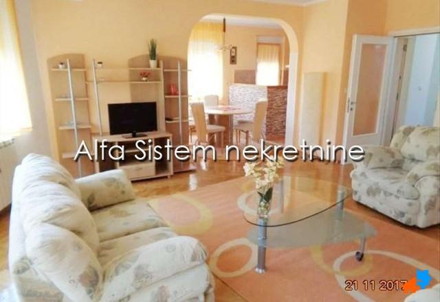 Kuća Autokomanda 550 EUR