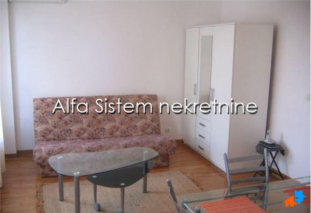 Stan Jednosoban Novi Beograd Belvil 260 EUR