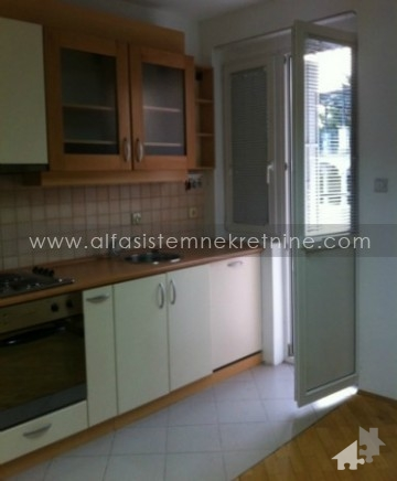 Kuća Voždovac 1200 EUR