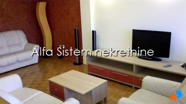 stan,Novi Beograd - Sava Centar,450 EUR Agencijski ID:17188