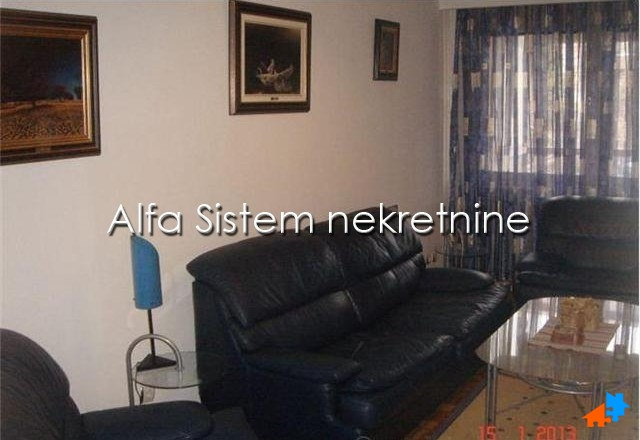 Stan,Trosoban,Voždovac,400 EUR