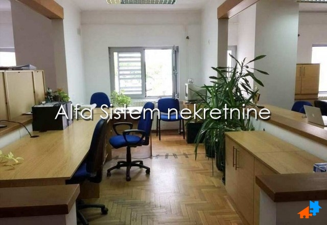 Poslovni prostor Zemun 1480 EUR