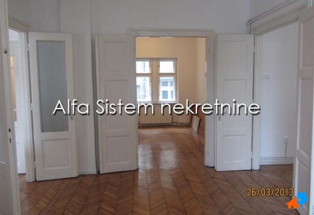 Stan,Troiposoban,Centar - Strogi Centar,750 EUR