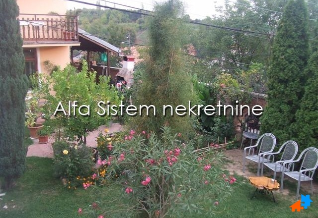 Kuća Banjica 700 EUR