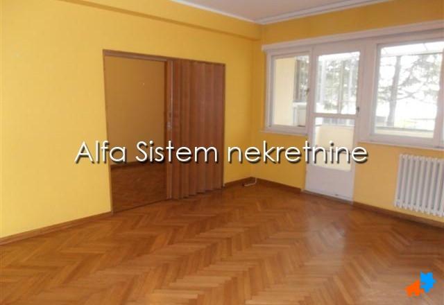 stan,Banovo brdo,300 EUR Agencijski ID:18009