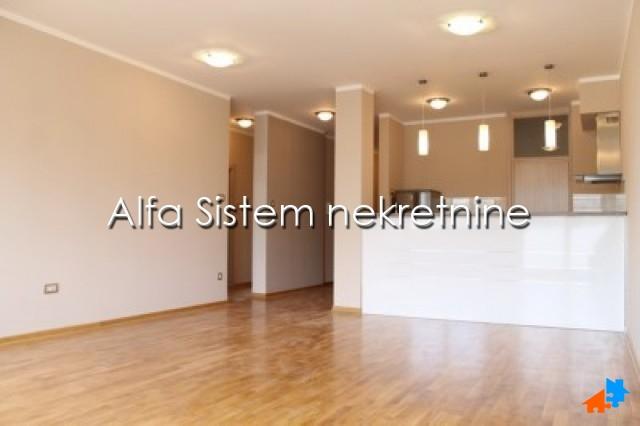 Stan Trosoban Centar Strogi Centar 800 EUR