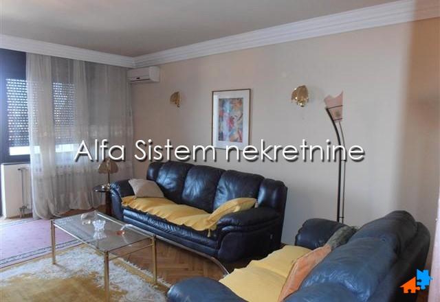 Stan Dvosoban Dedinje 430 EUR