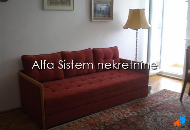 Stan Dvoiposoban Centar Strogi Centar 350 EUR