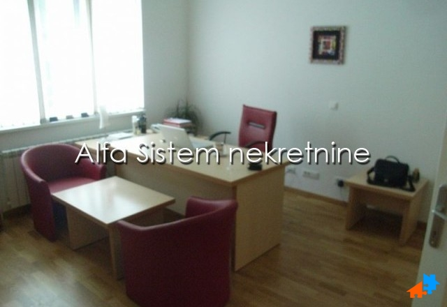 Poslovni prostor Vračar 425 EUR