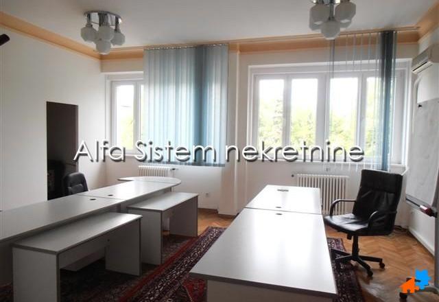 Poslovni prostor Centar Strogi Centar 1000 EUR