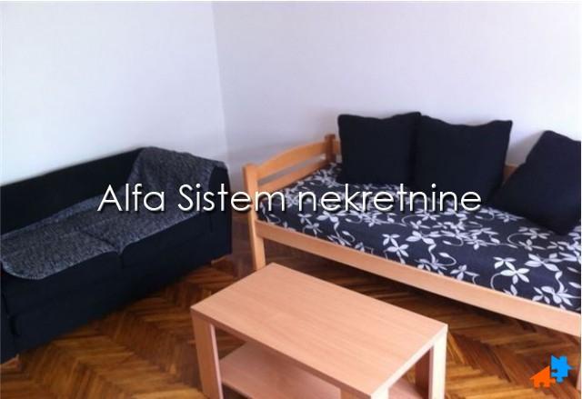 Stan Dvosoban Centar Strogi Centar 370 EUR