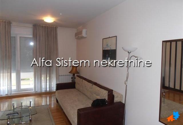 Stan , Beograd (grad) , Izdavanje | Stan Dvosoban Banovo Brdo 350 Eur