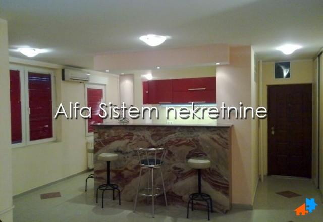 Stan Trosoban Novi Beograd Fontana 400 EUR