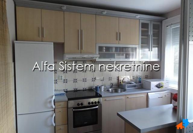 Stan Dvoiposoban Vračar 450 EUR