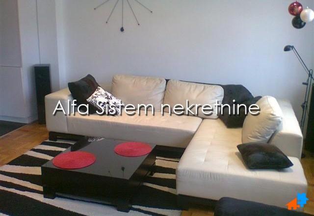 Stan Dvosoban Vračar 550 EUR