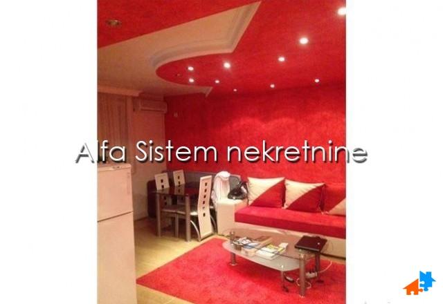 Stan,Jednoiposoban,Novi Beograd - Fontana,300 EUR