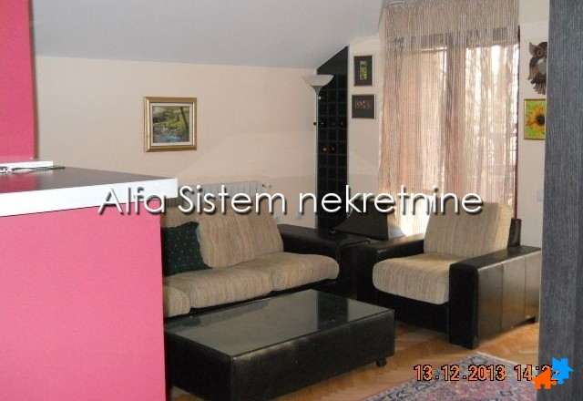 Stan Trosoban Dorćol 550 EUR