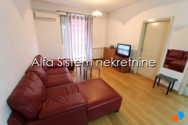 Stan,Dvosoban,Vračar,400 EUR