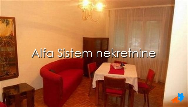 Stan Dvosoban Novi Beograd Blokovi 250 EUR