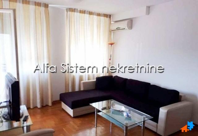 Stan Jednoiposoban Novi Beograd Arena 350 EUR