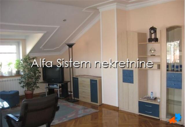 Kuća Banjica 350 EUR