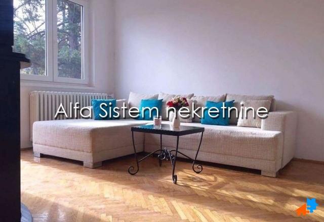 Kuća Autokomanda 350 EUR