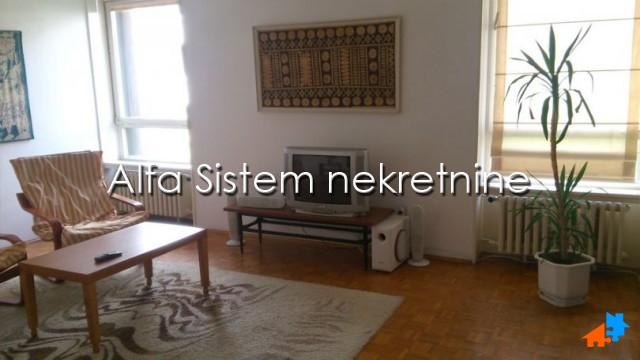 Stan Dvosoban Vračar 420 EUR