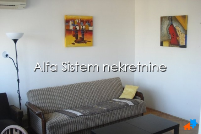 Stan,Dvosoban,Dorćol,300 EUR