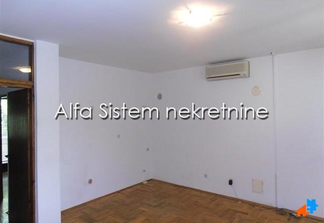 Poslovni prostor Dorćol 900 EUR
