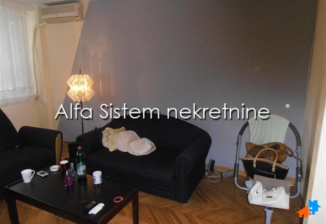 Stan Dvosoban Vračar 390 EUR