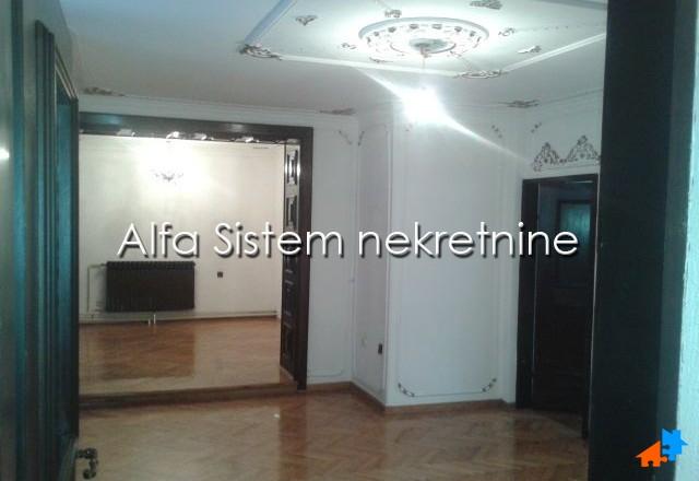 Stan Trosoban Senjak 450 EUR