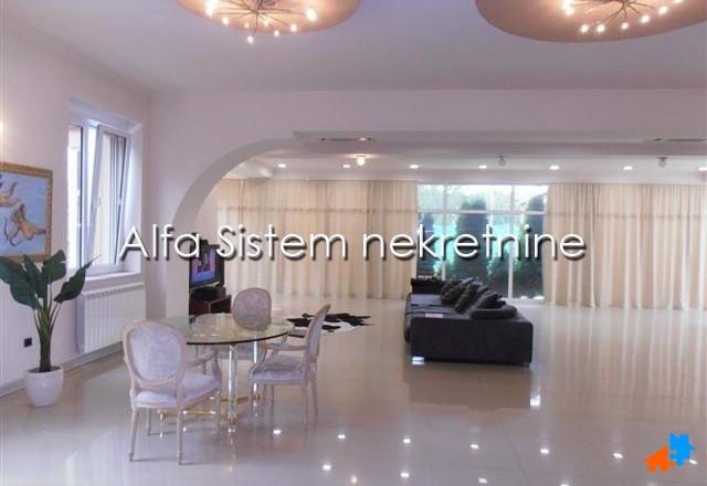 Kuća Zemun 3500 EUR
