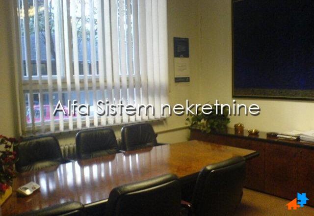 Poslovni prostor Centar Strogi Centar 960 EUR
