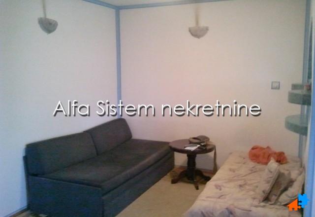 Stan,Jednoiposoban,Zvezdara,200 EUR