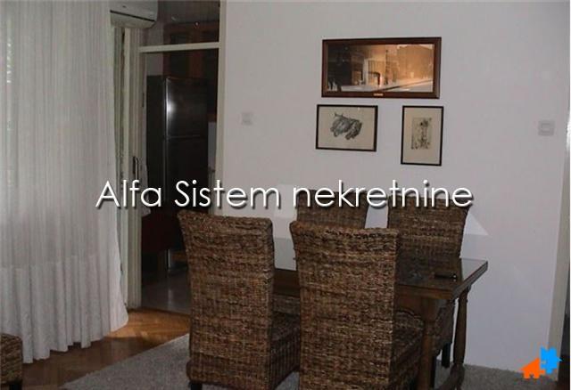 Stan,Jednoiposoban,Novi Beograd - Blokovi,200 EUR