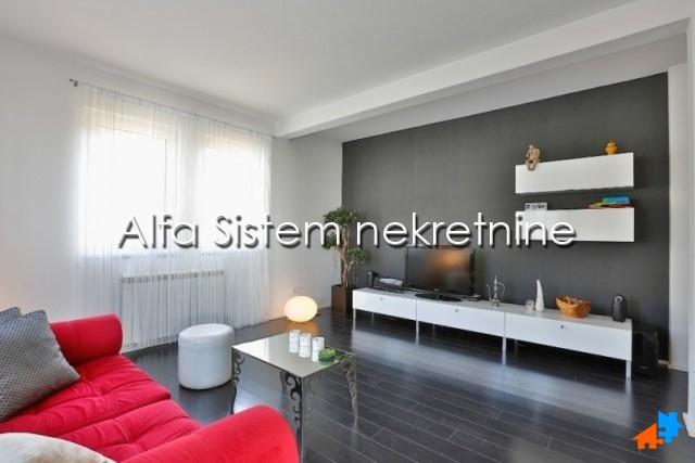 Stan Dvosoban Dedinje 650 EUR
