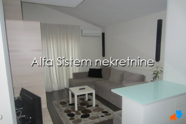 Stan Garsonjera Centar Strogi Centar 350 EUR