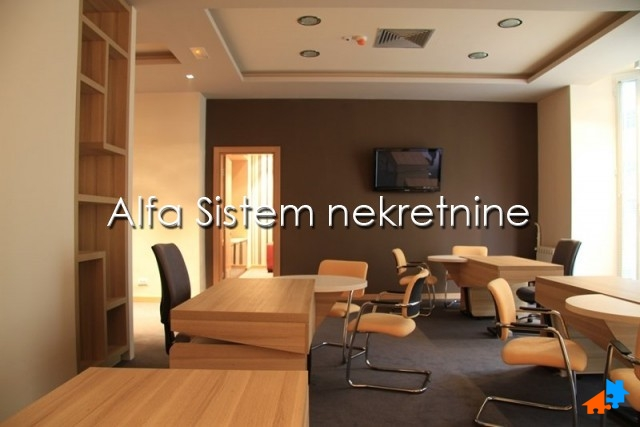 Poslovni prostor Centar Strogi Centar 2050 EUR