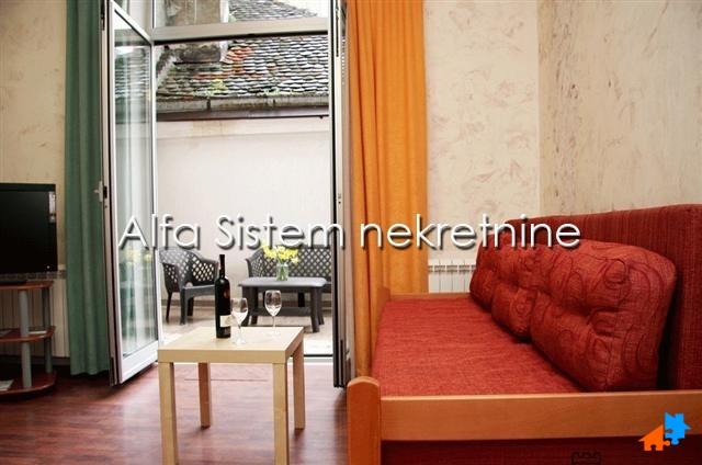Stan Jednoiposoban Centar Strogi Centar 480 EUR